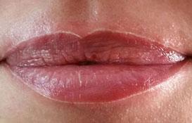 contour des lèvres semi permanent